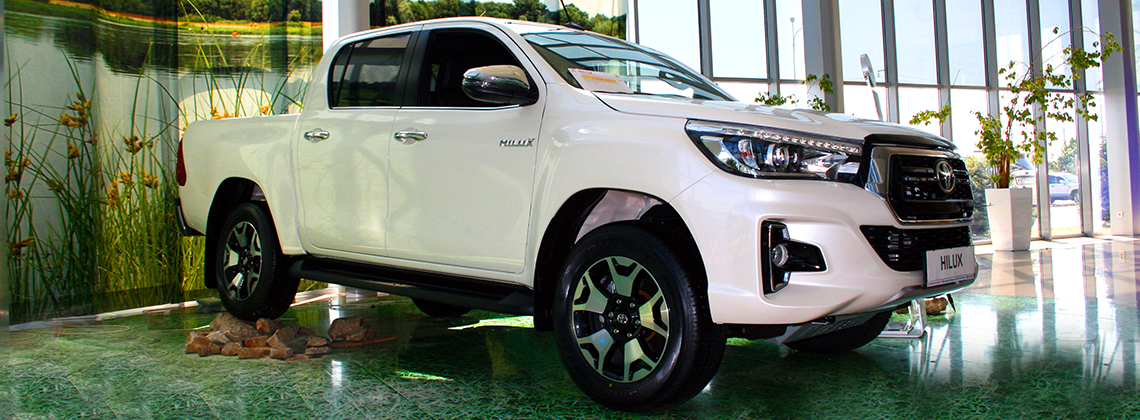 ban hilux exclusive
